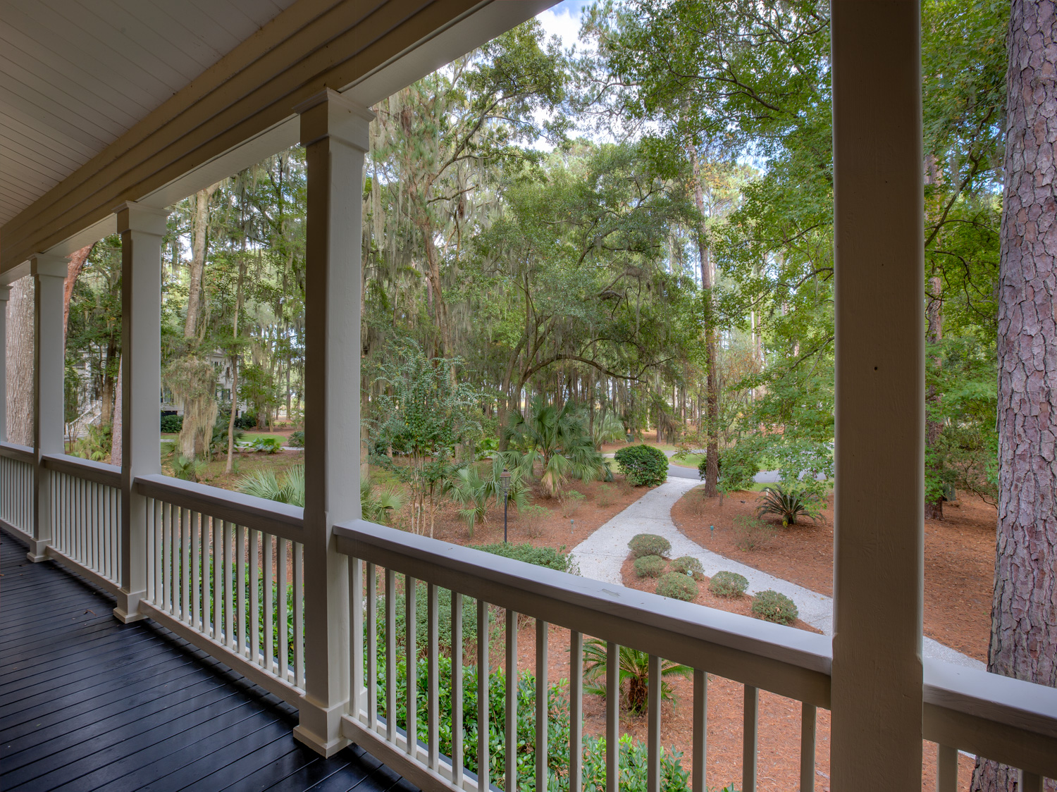 046 front-porch-PS1.jpg