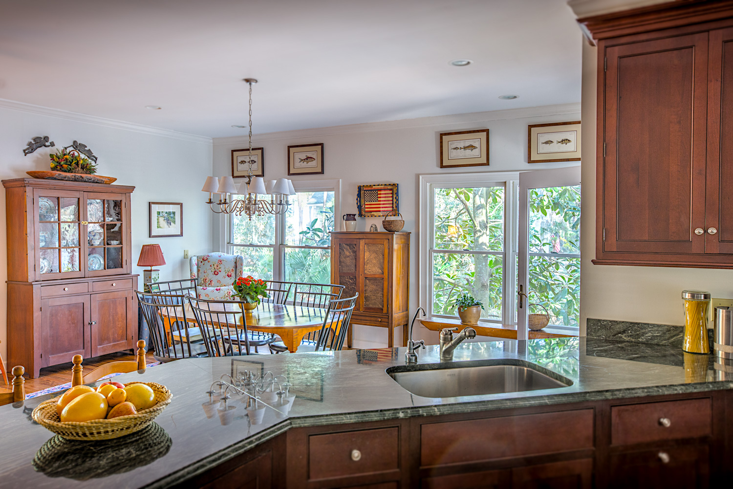 120 dining-from-kitchen-PS2.jpg