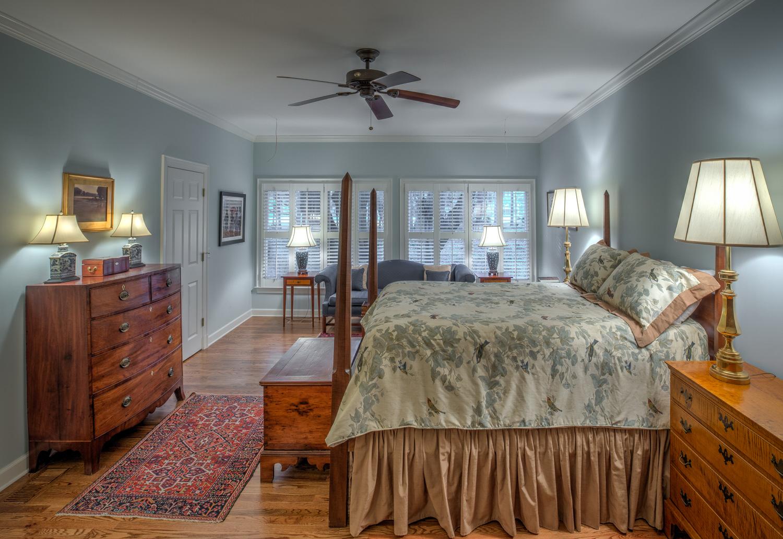 195 master-bedroom-PS1.jpg