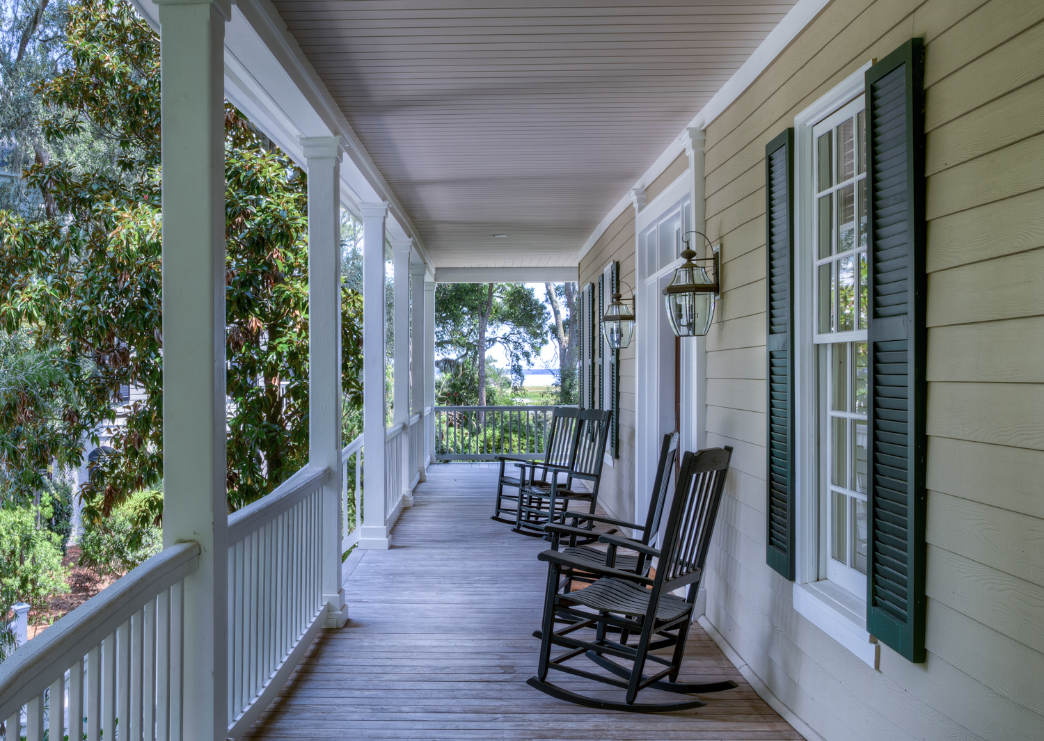 120 front-porch-PS3.jpg