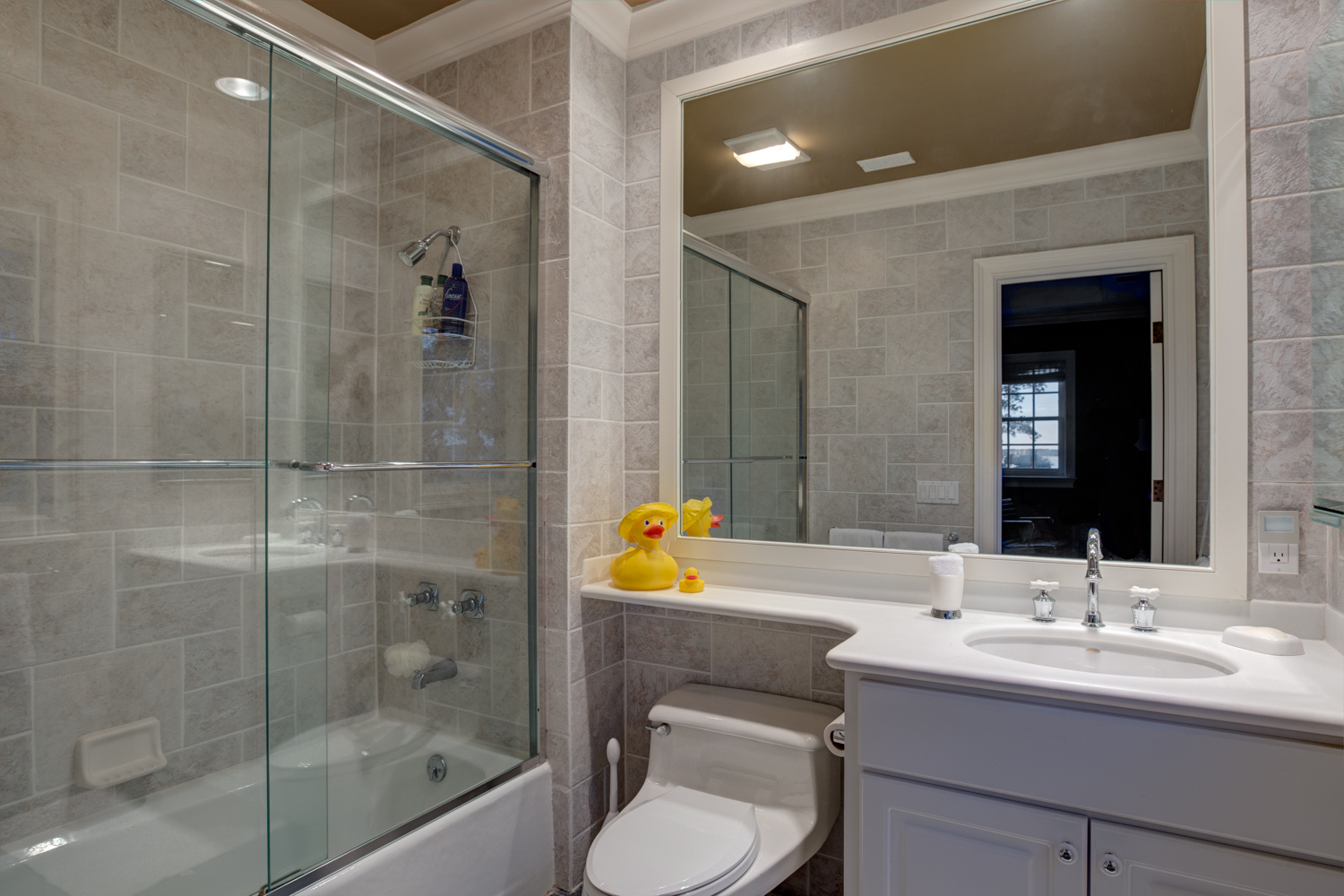 240 bathroom-next-to-office-PS2.jpg