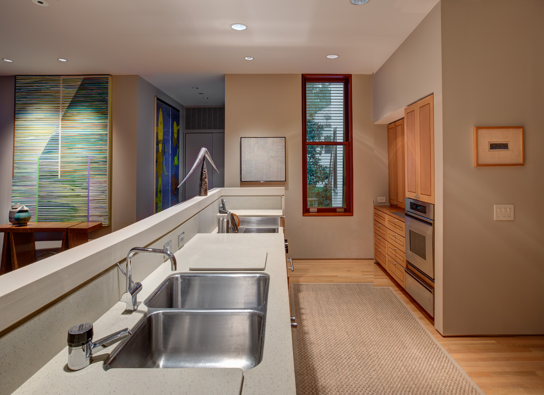 kitchen-entrance-PS3.jpg