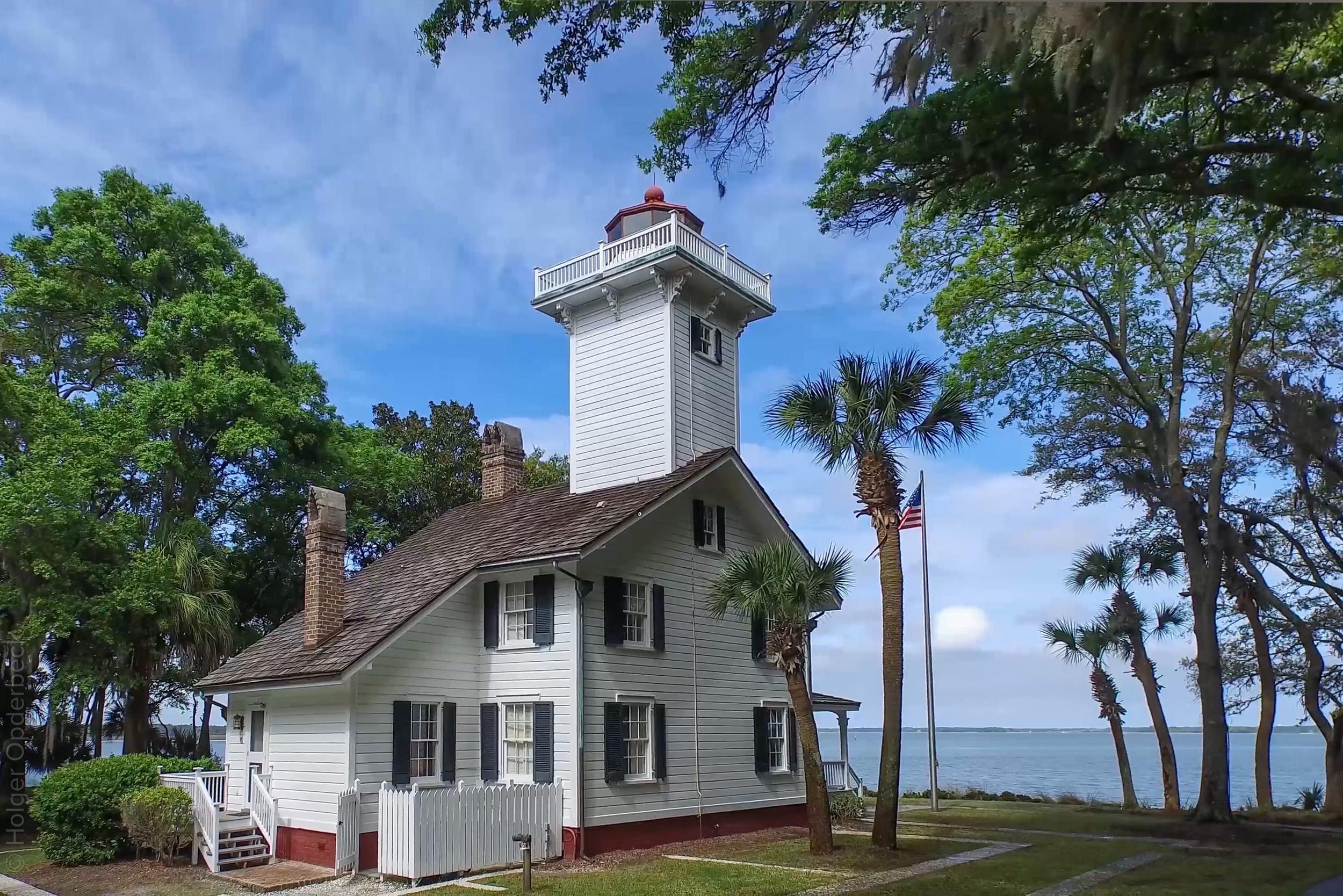 020 lighthouse-side-PS1.jpg