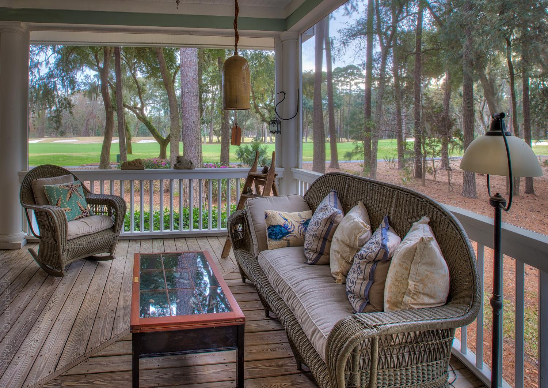 090 back-porch-right.jpg
