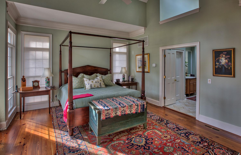 200 master-bedroom-bath.jpg