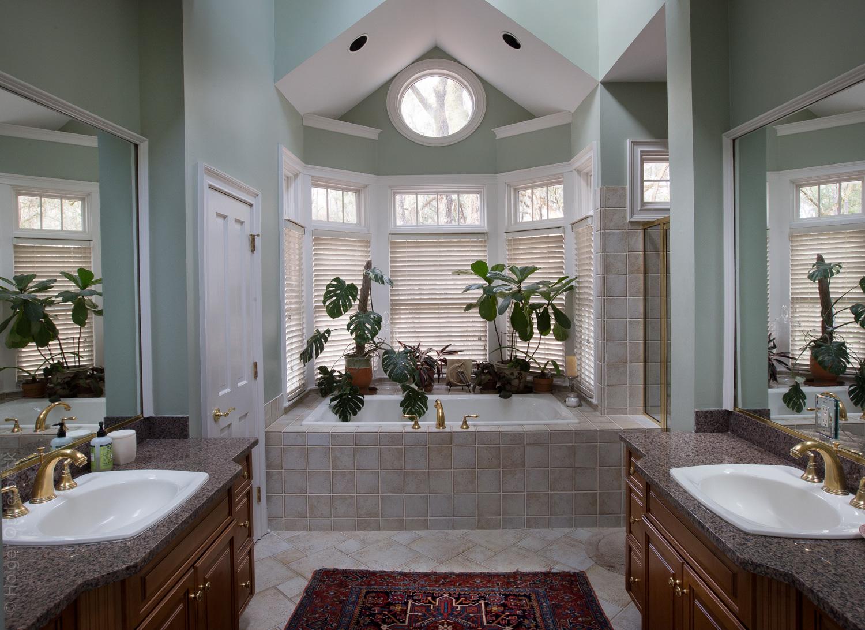 210 master-bathroom.jpg