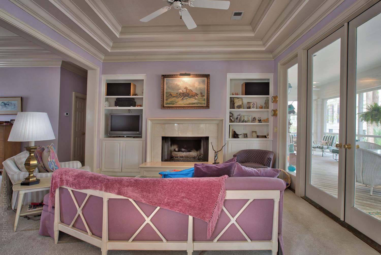 150 master-bed-sitting.jpg