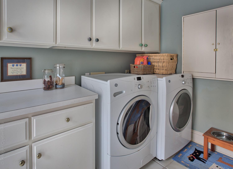 220 laundry-room.jpg