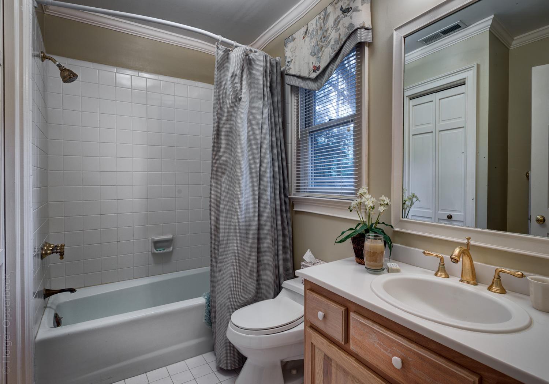 220 upper-office-bath-PS2.jpg