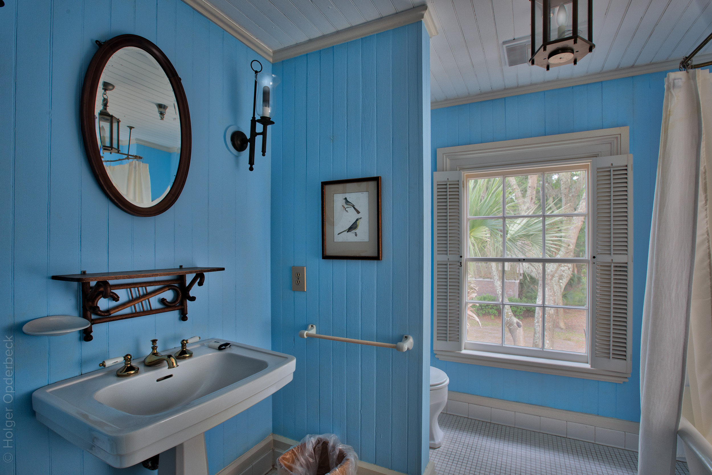 haig-bathroom.jpg