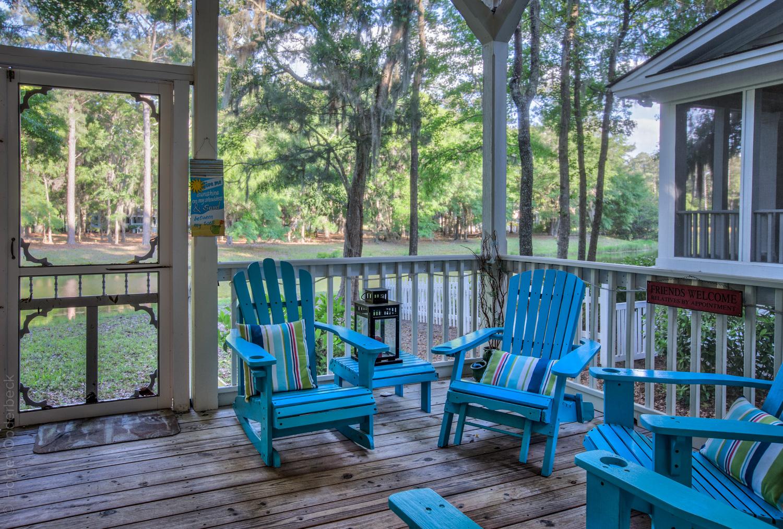 070 back-porch.jpg