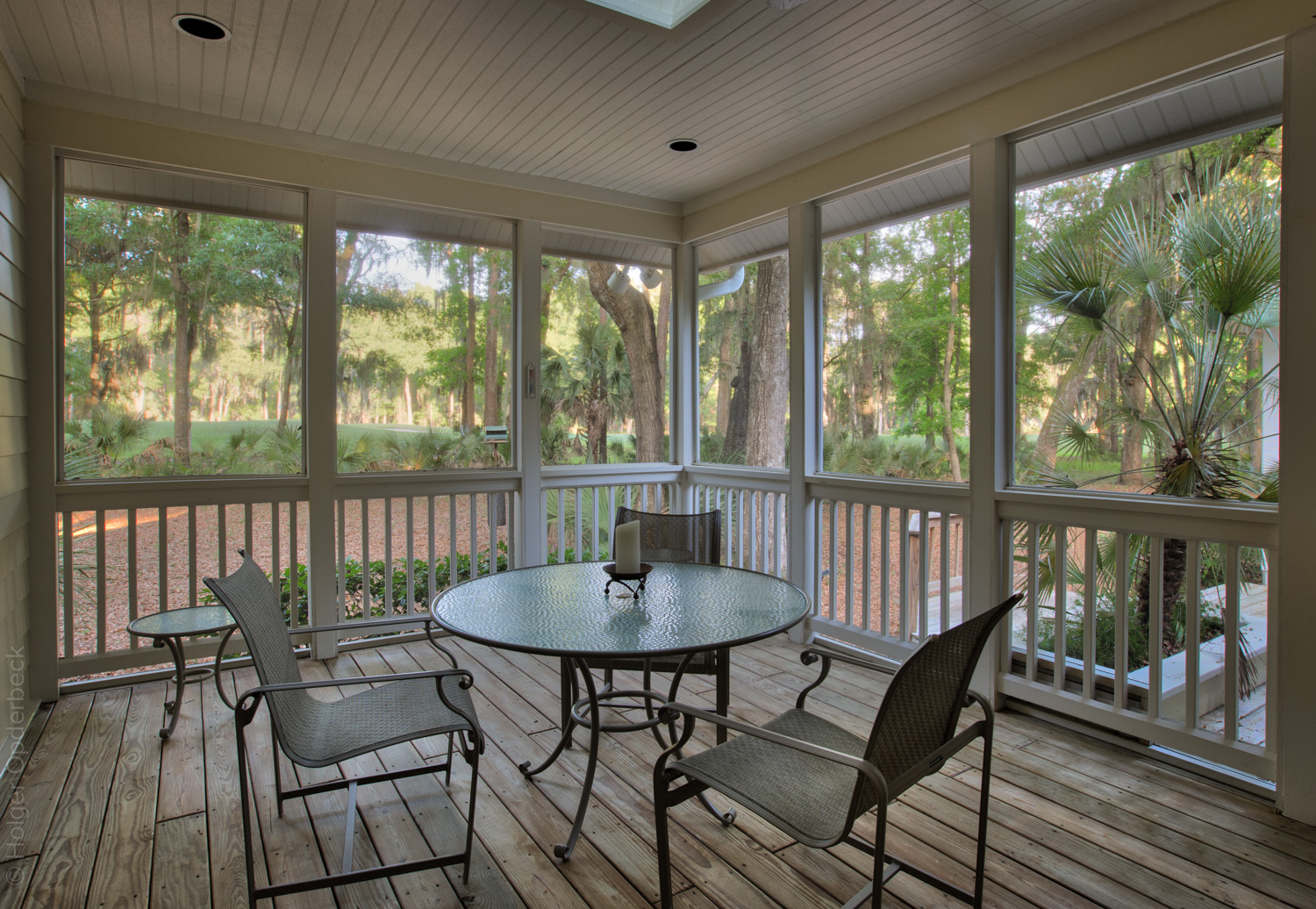 150 screened-porch.jpg
