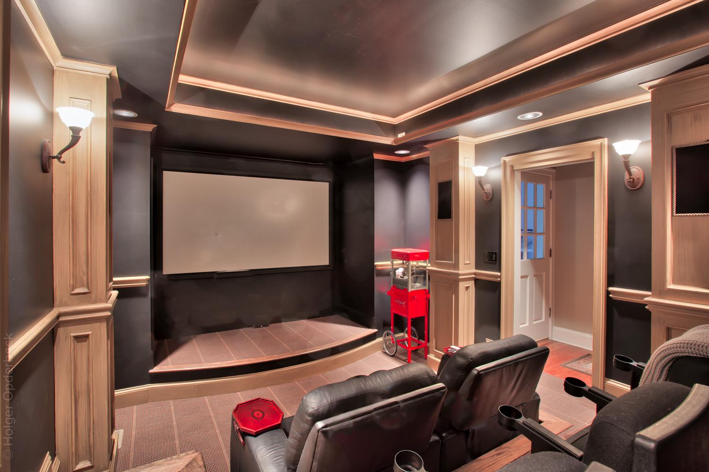 230 home-theatre-screen.jpg
