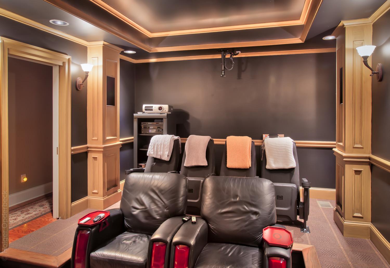 240 movie-theatre-seats.jpg