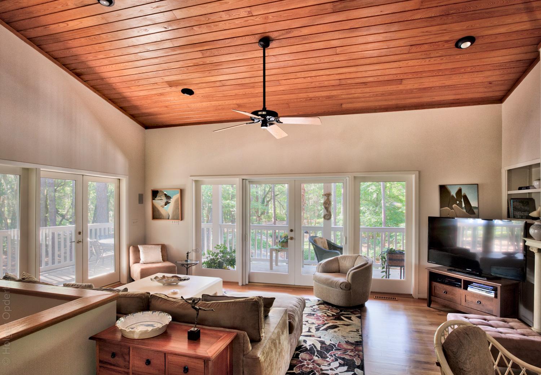 140 living-room-PS1.jpg