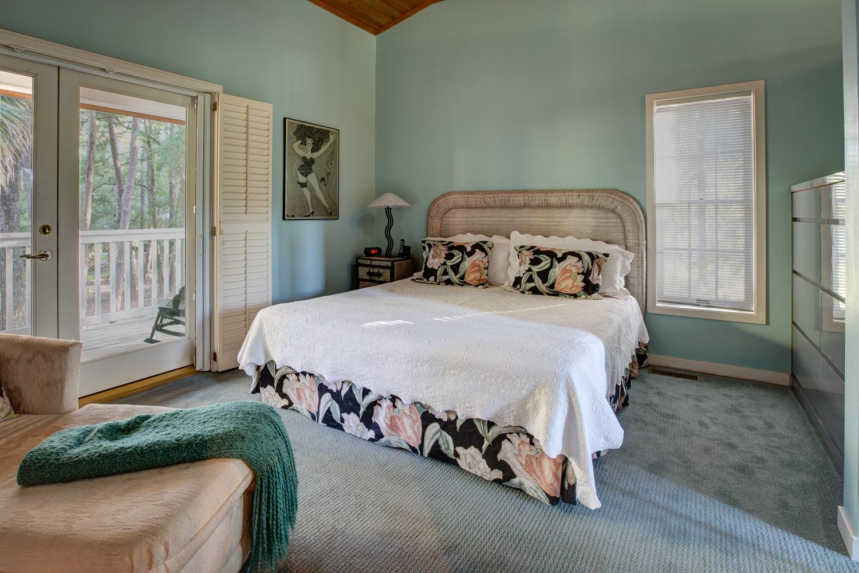 400 master-bedroom-PS1.jpg