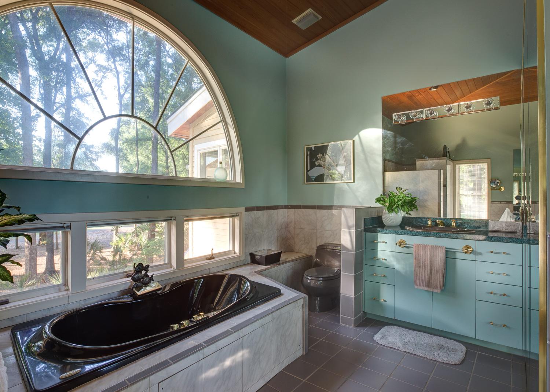 420 master-bath-sink-PS1.jpg