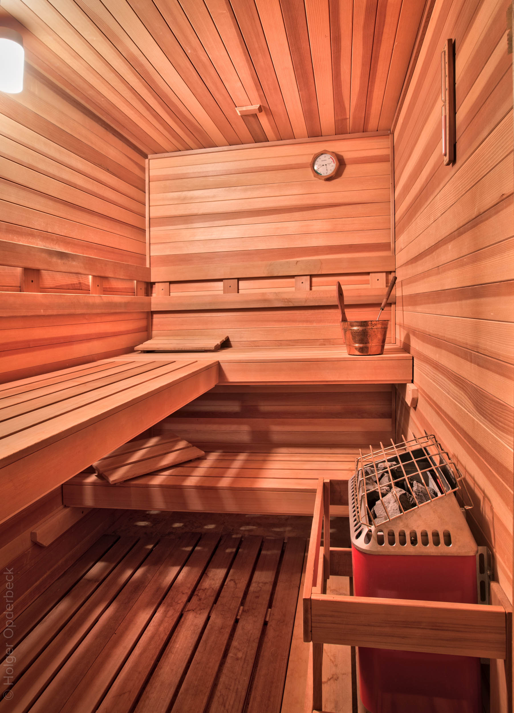 360 sauna.jpg