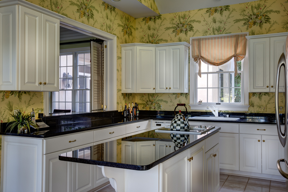 kitchen-view-to-dining-area-PS1.jpg