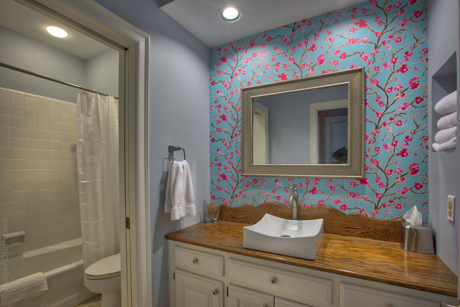 bathroom-one.jpg