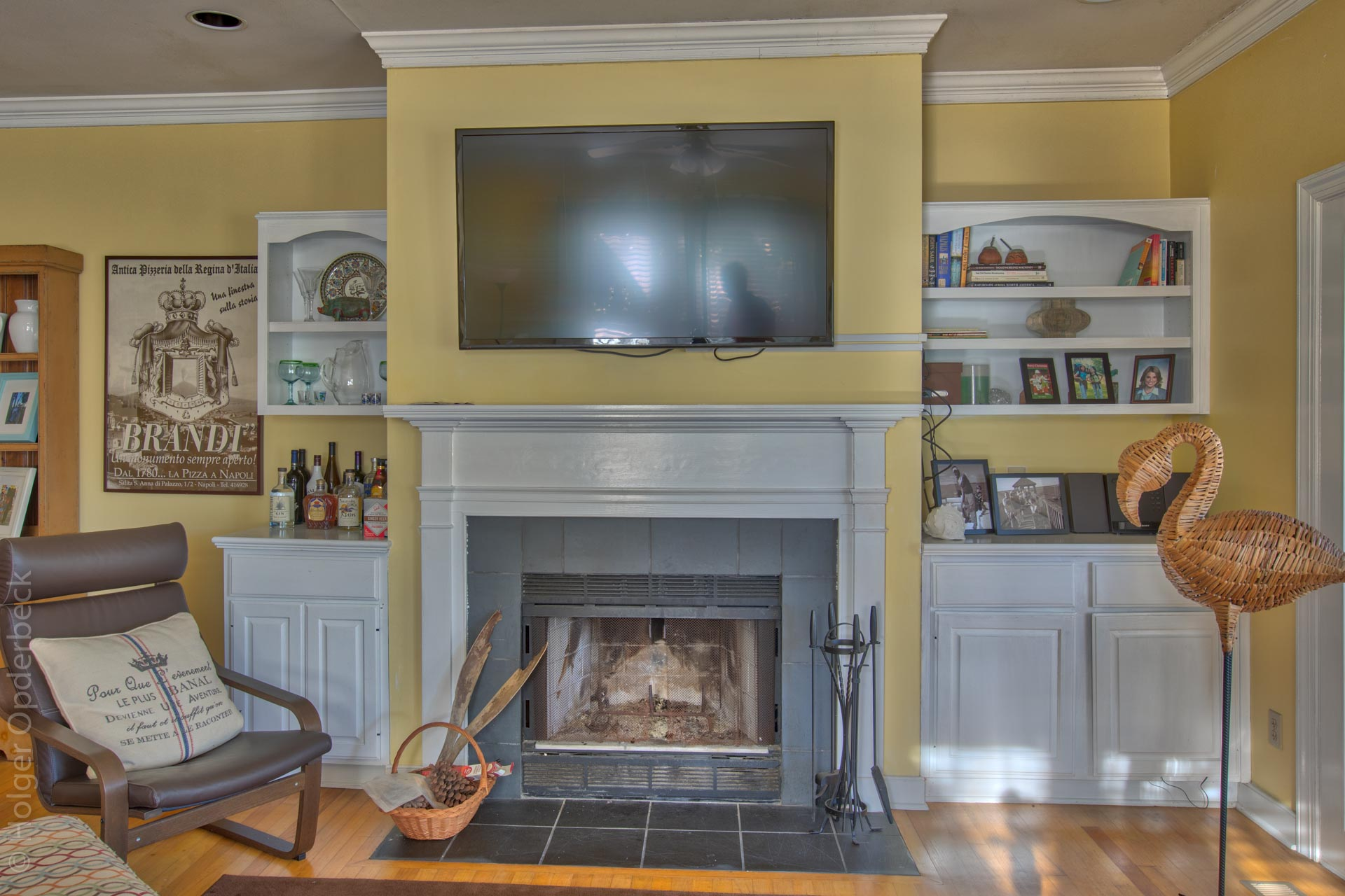 living-fireplace.jpg