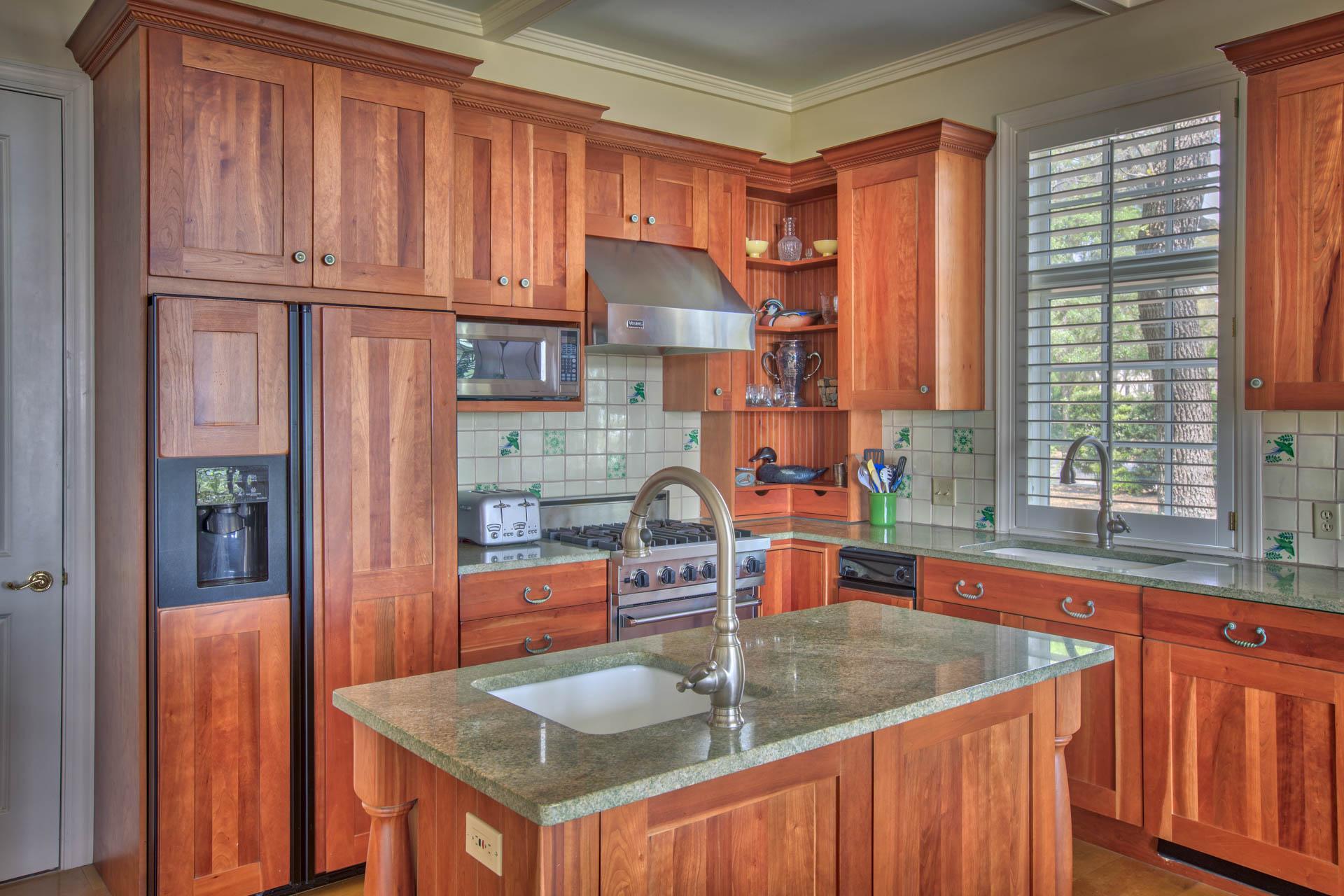 living-kitchen-island.jpg