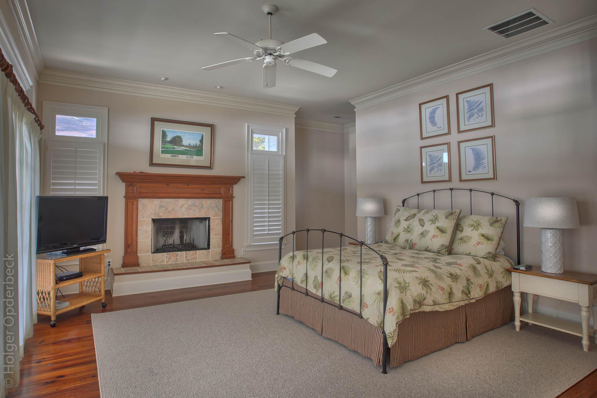 master-bedroom-fireplace.jpg