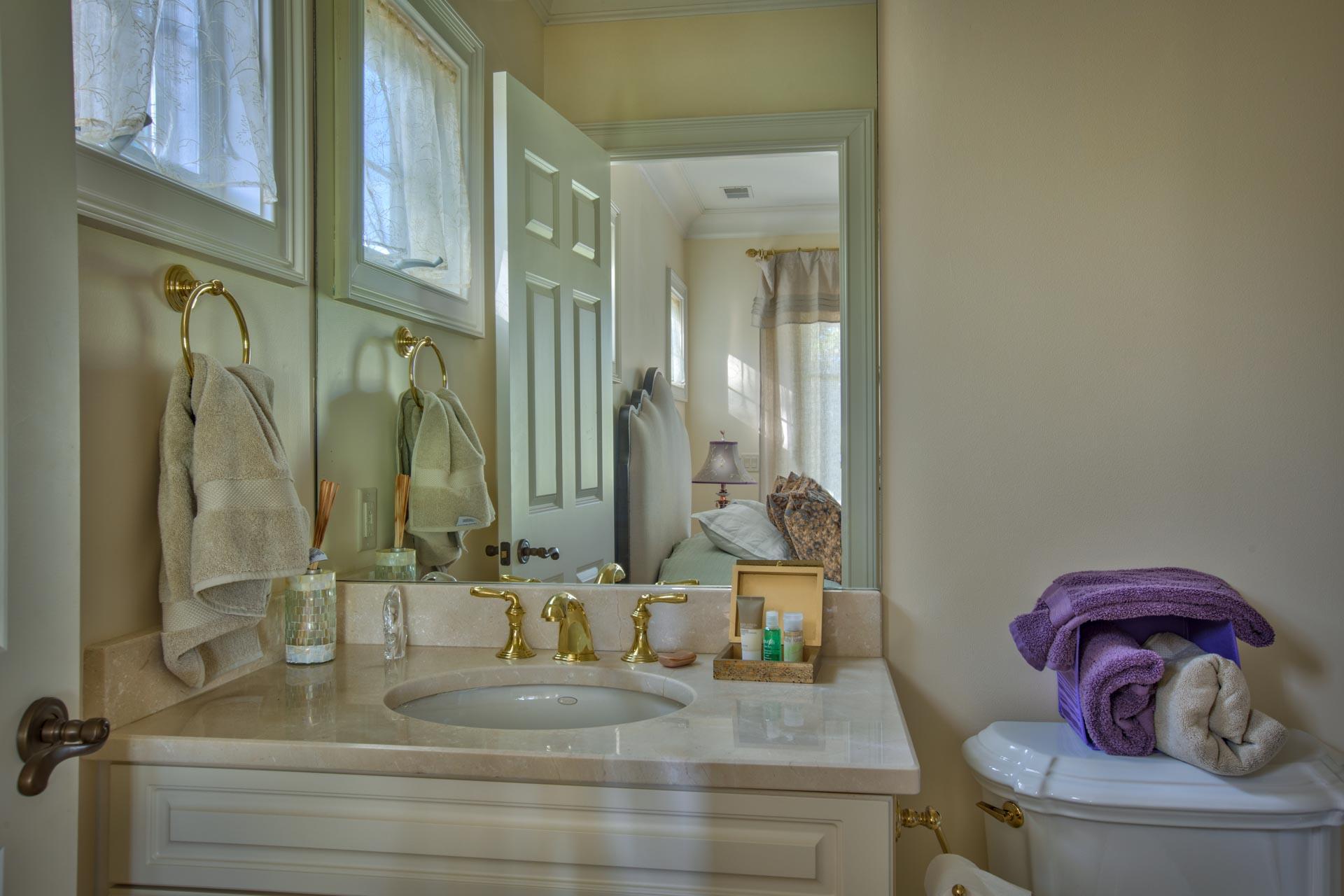 bedroom-bath-one.jpg
