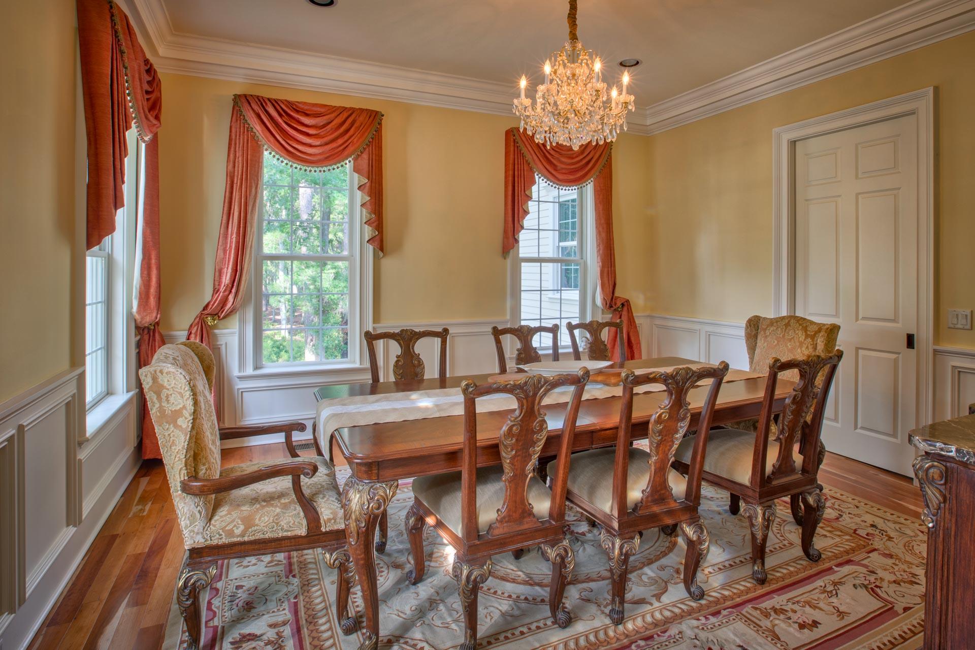 dining-room-L.jpg