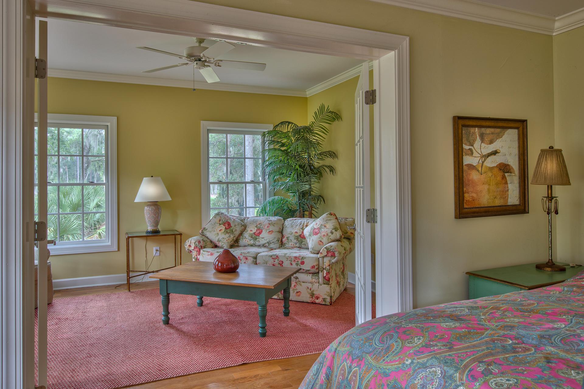 master-bedroom-sitting.jpg