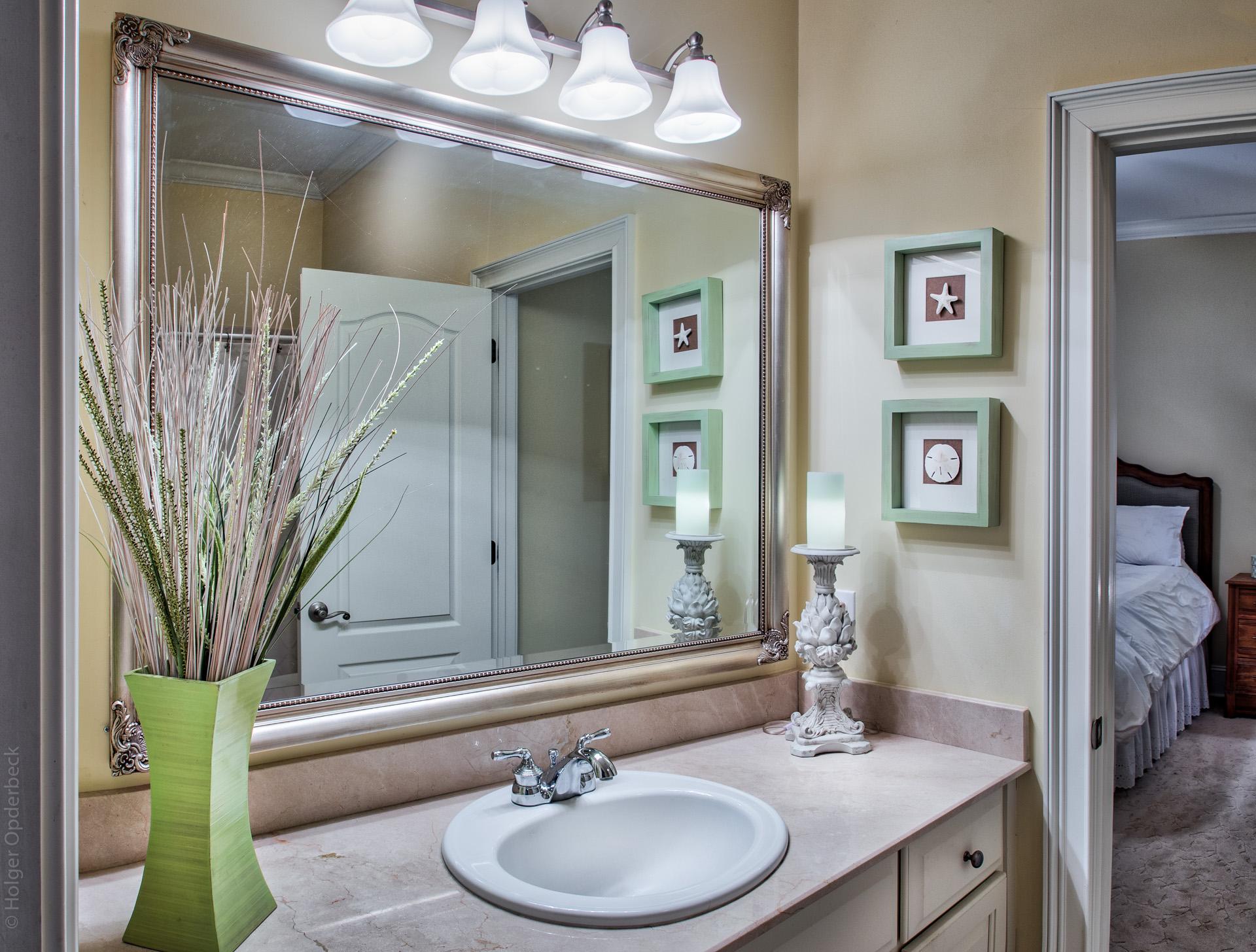 bathroom-PS1.jpg