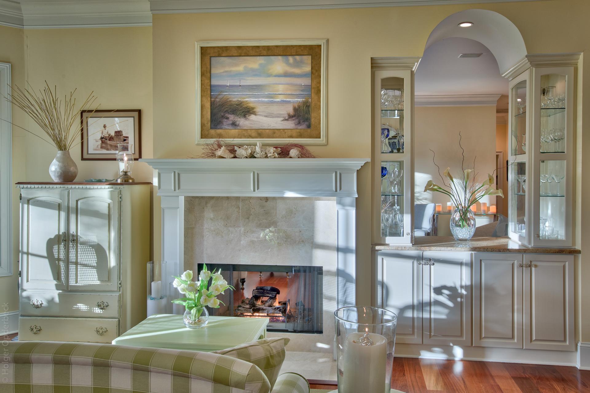 kitchen-fireplace-wall.jpg