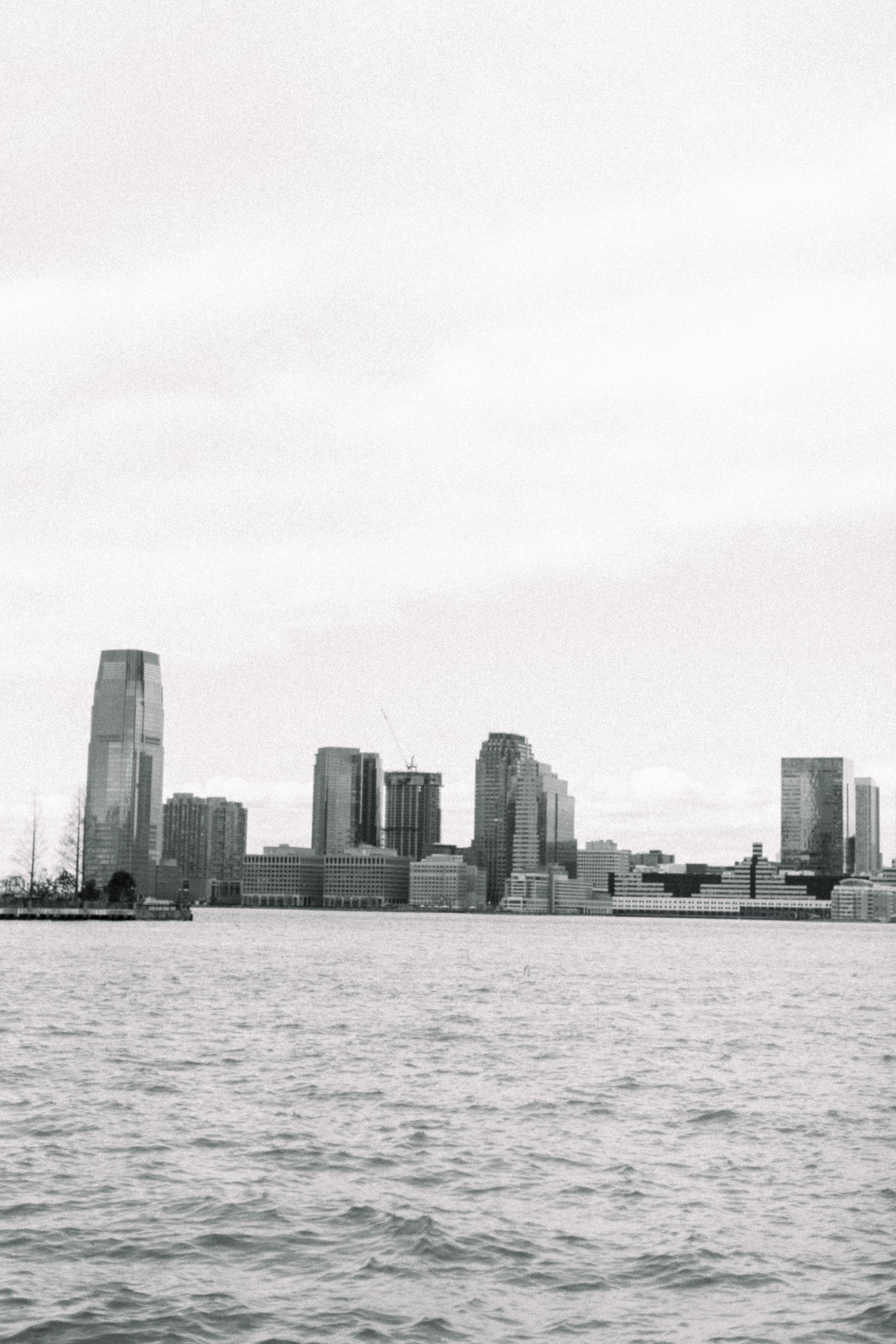 NewYorkCityEngagement_WashingtonSquare_Pier40_AbigailJill_35