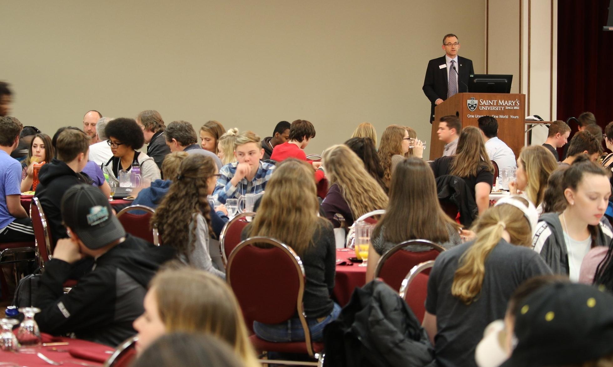 Saint Mary's President Dr. Robert Summerby-Murray addresses AP students