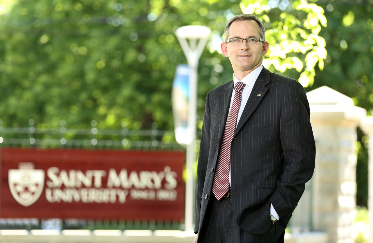 Saint Mary's University President and Vice-Chancellor Dr. Robert Summerby-Murray