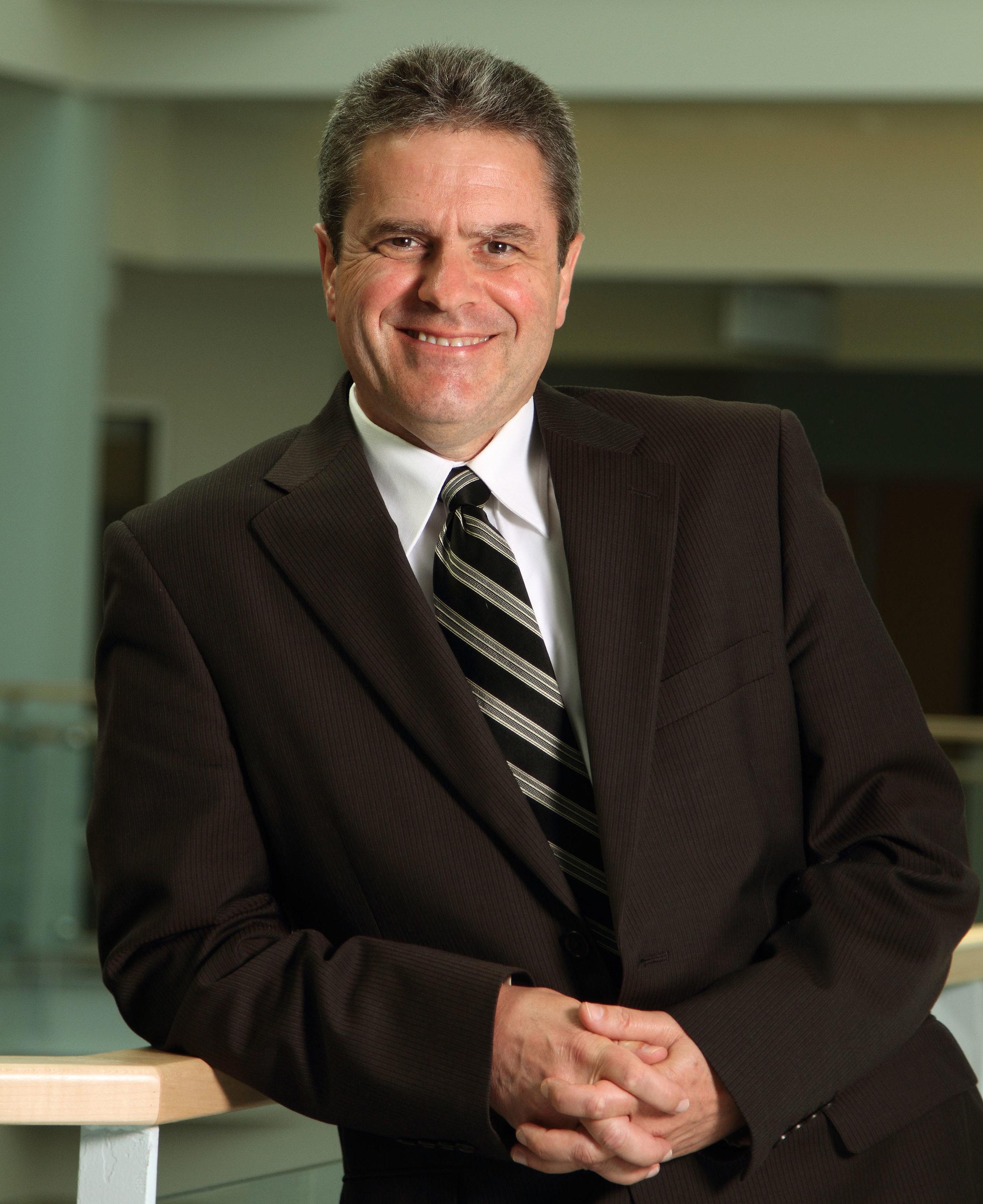 Dr. Kevin Vessey