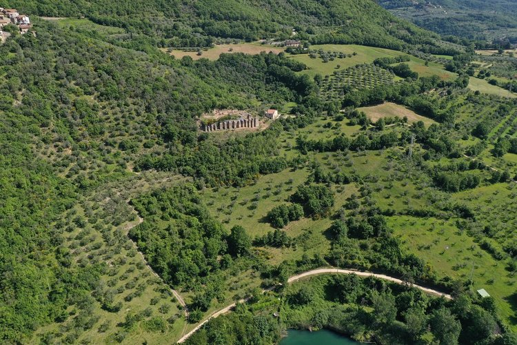 Villa+di+Tito+(aerial)+web.jpg