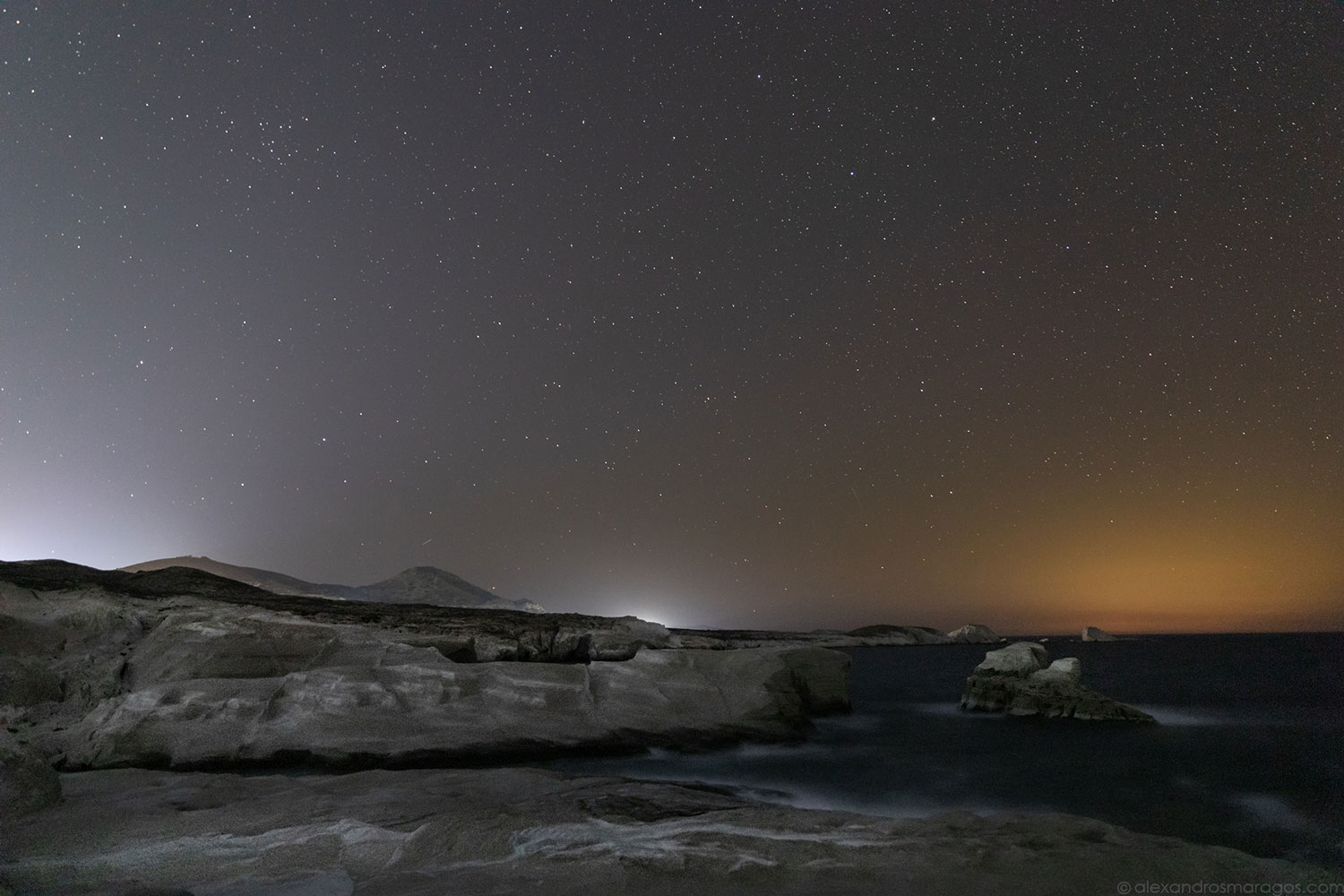 Night at Sarakiniko, Milos, Greece | © Alexandros Maragos