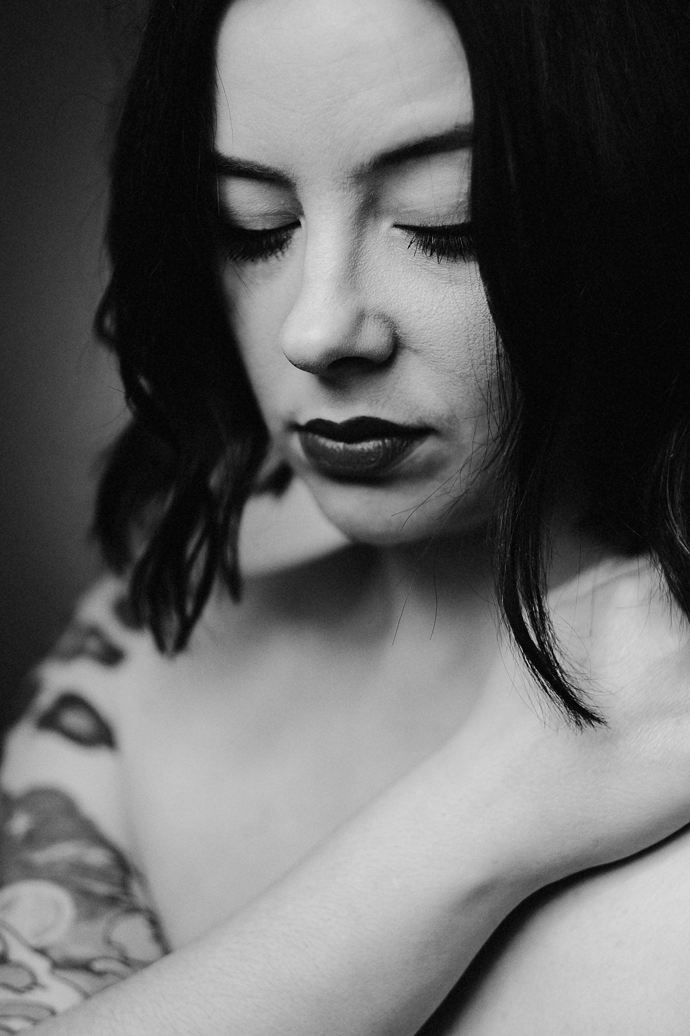Cat. Musician, Make-up Artist, Wife.
