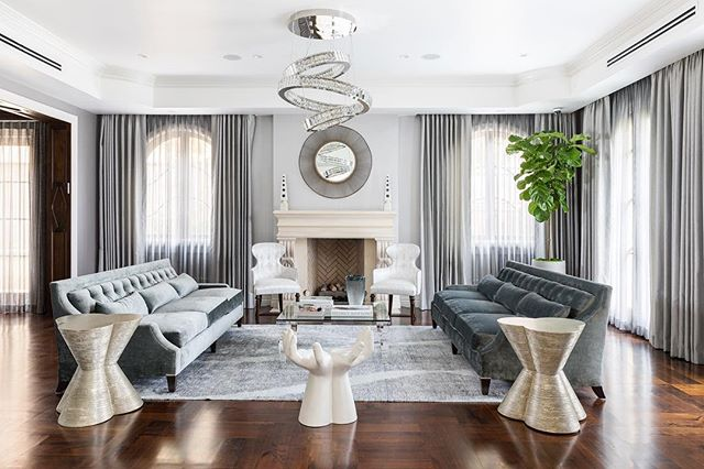 The balance in this formal living room is exquisite. Captured by Anthony Barcelo for Ryan Saghian #interiordesign #interiorsphotography #formallivingroomdecor #canon5dmarkiv #canon2470mm