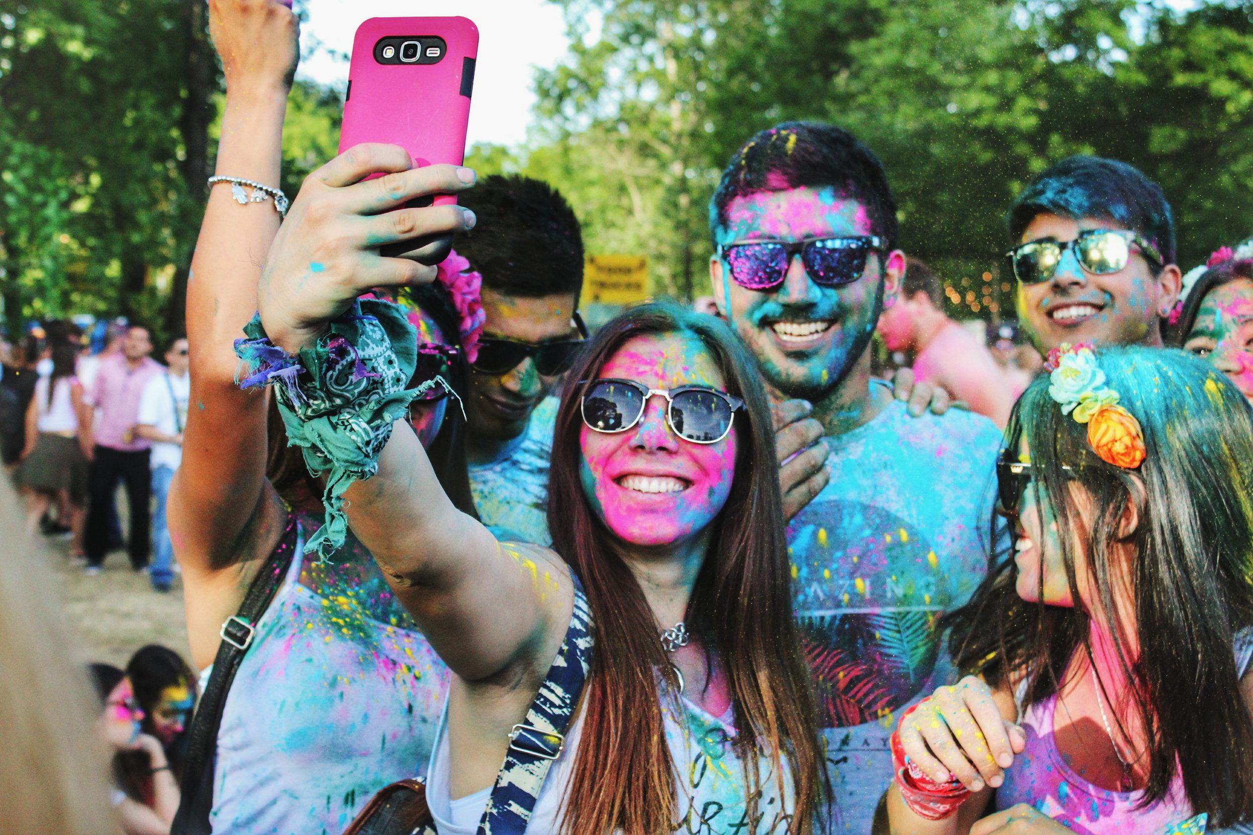 O Instagram jé é a rede favorita dos usuários com menos de 30 anos; se o seu público são os Millenials, a rede é imprescindível ao seu negócio. (Crédito:  Julián Gentilezza )