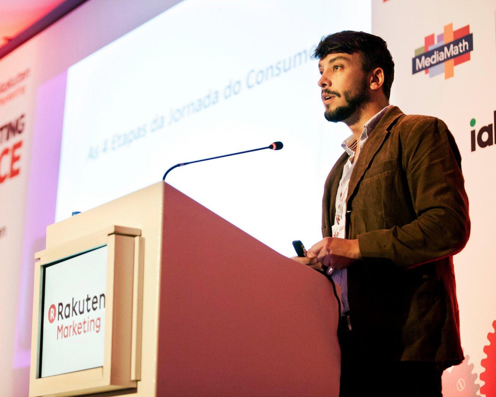Anderson Cardoso é fundador da Camino Marketing