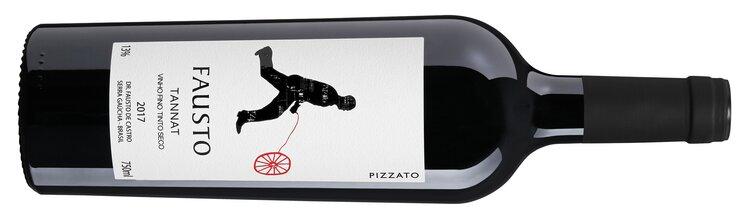 Além do Vale dos Vinhedos, a Pizzato também possui vinhas em Dr. Fausto de Castro, na Serra Gaúcha, plantadas em 1985 e que dão origem os vinhos da linha Fausto (Crédito: Pizzato).