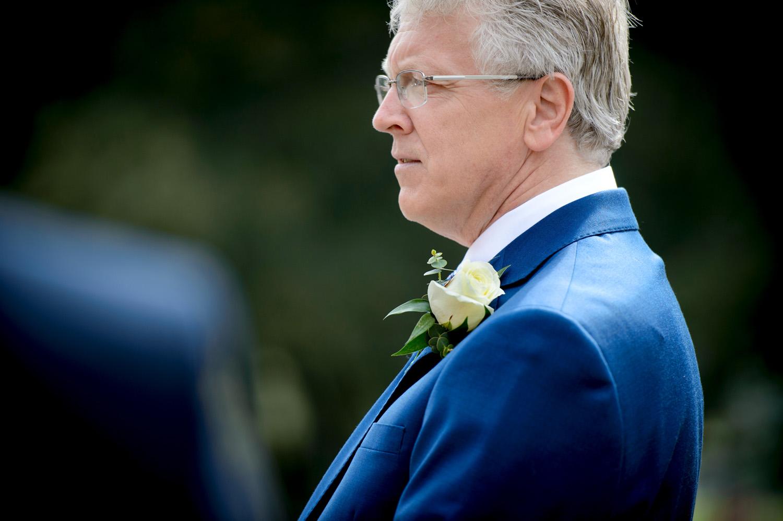 Hedingham-Castle-essex-wedding-photography-008.jpg