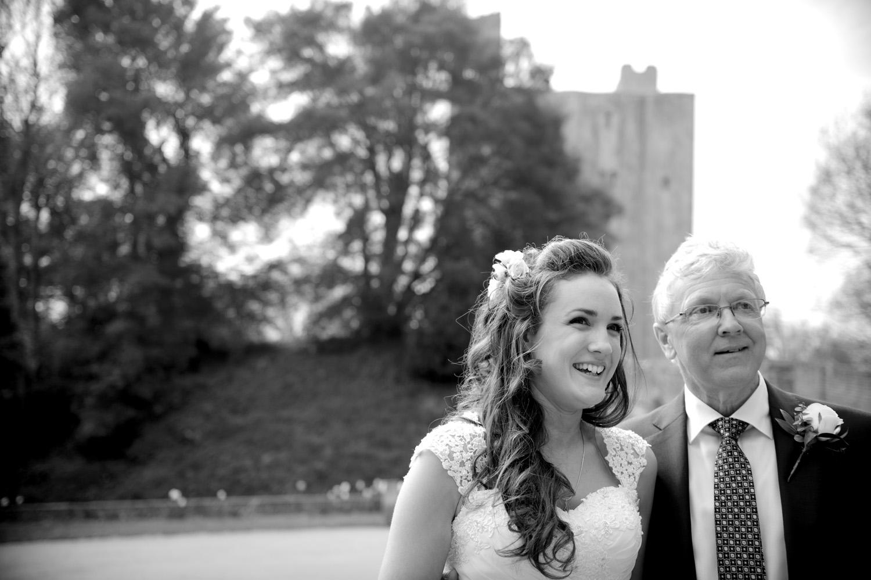 Hedingham-Castle-essex-wedding-photography-025.jpg