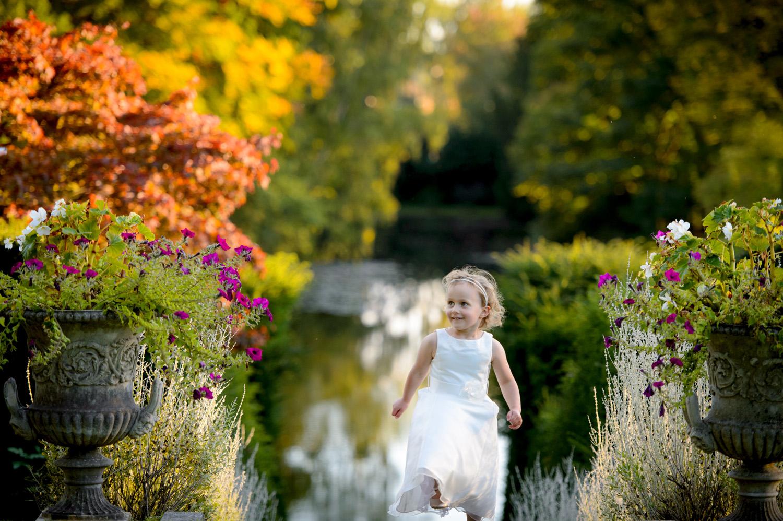 Hedingham-Castle-essex-wedding-photography-042.jpg