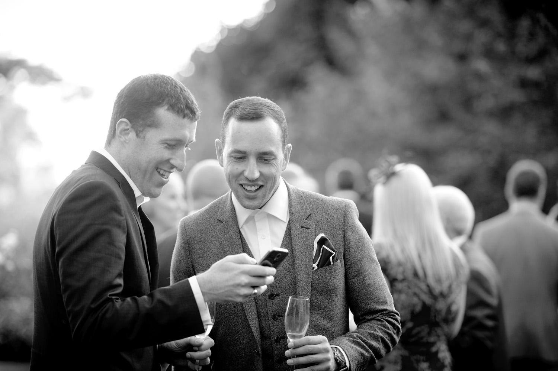 Hedingham-Castle-essex-wedding-photography-076.jpg