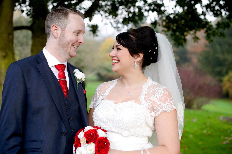 Hedingham-Castle-essex-wedding-photography-086.jpg
