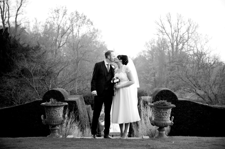 Hedingham-Castle-essex-wedding-photography-116.jpg