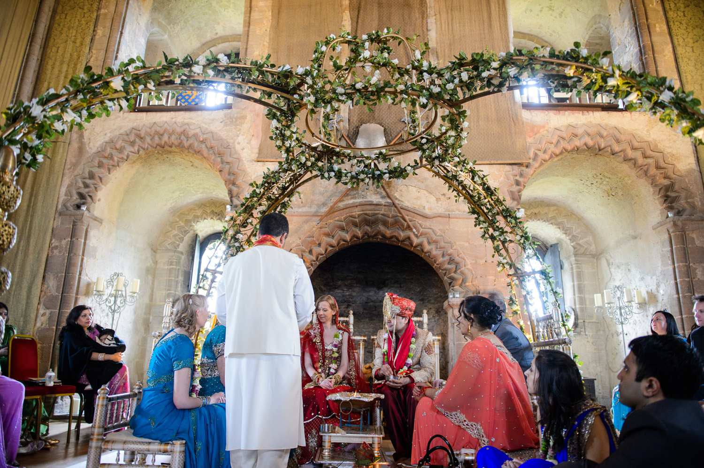 Hedingham-Castle-essex-wedding-photography-190.jpg